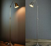 Classic Antique Floor Lamp / 2 Finishes