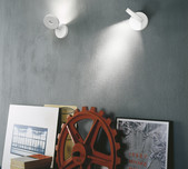 String HO Wall Light / 2 Finishes