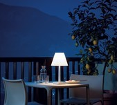 Dina+ Table Lamp / 3 Colours