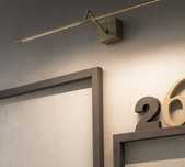 Zeta Wall Light
